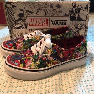 Limited addition Marvel superwoman vans girls